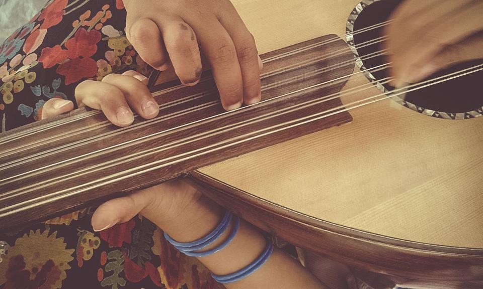 Prémieres cours de Musikarama à Khora